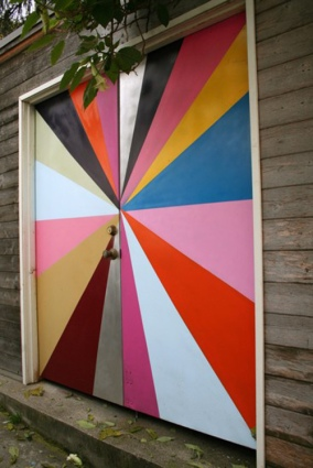 Pinwheel colorful door and other awesome doors on surroundedbypretty.com