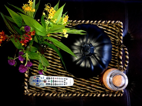 Craft pumpkin, wildflowers, candle, and Nate Berkus for Target tray #falldecor #autumn