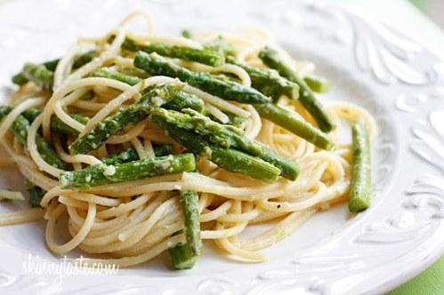 Skinny Taste pasta with asparagus